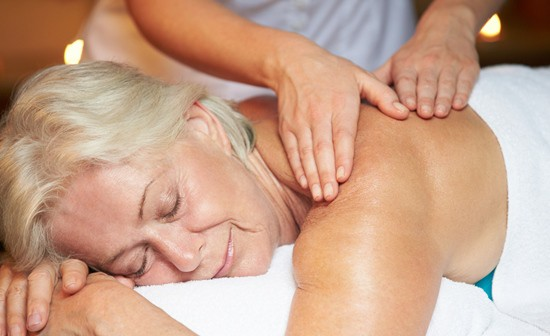 Massage has many health benefits for seniors. (iStock)