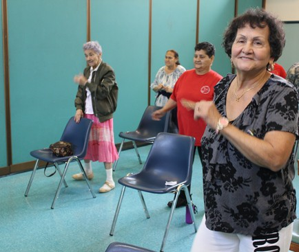 The campira class at Norris Square Senior Center helps mind and body. (Photo by Linda L. Riley)