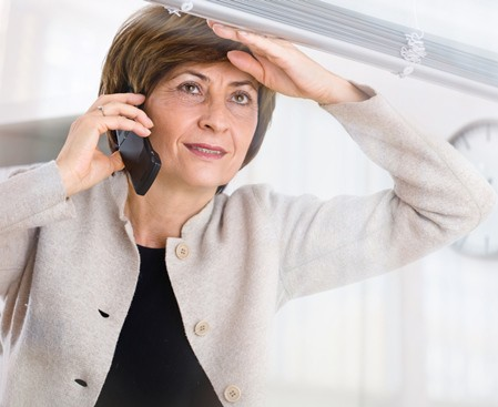 Long-distance caregivers need to enlist help. (iStock)