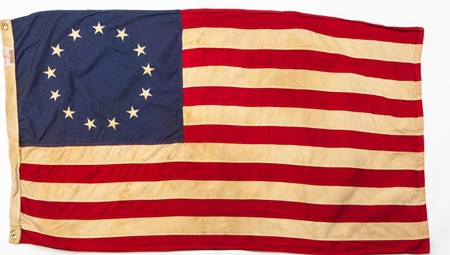 CROPPEDColonial-US-Flag_iStock-842337818